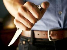 Taximetrist, ameninţat cu cuţitul