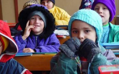 Peste 10.000 de copii din Zalău vor dârdâi în şcoli şi grădiniţe