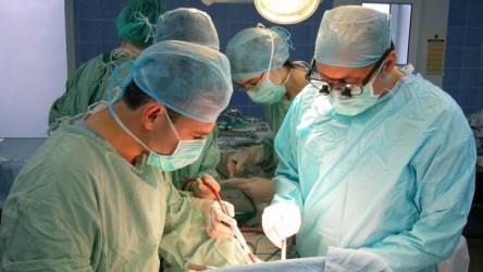 Şeful secţiei de Chirurgie Infantilă a Spitalului Judeţean este cercetat penal