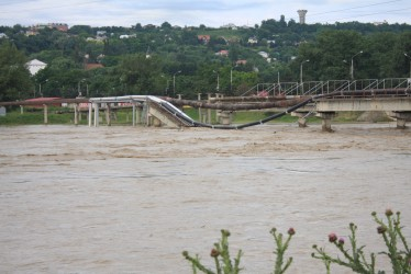 Cod galben de inundaţii pe Crasna şi Barcău