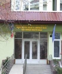 Au fost afişate circumscripţiile şcolare pentru înscrierea în clasa pregătitoare