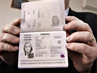 Paşaportul electronic, valabil trei ani pentru minorii sub 12 ani