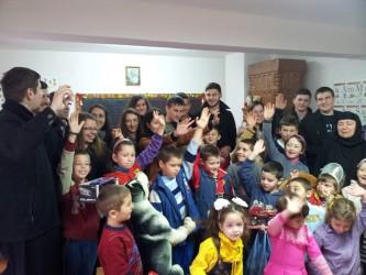 Daruri pentru copiii de la Mănăstirea Bic