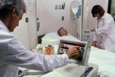 """Managerul Spitalului de Urgenţă Zalău: """"Banii din coplată vor ajunge pentru cumpărarea botoşeilor"""""""