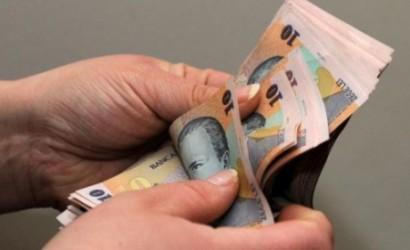 Bugetarii sălăjeni îşi vor primi salariile mai devreme