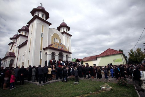 Bisericile din Sălaj ne pun viaţa în pericol!