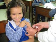 Elevii din clasele primare vor fi vaccinaţi în octombrie