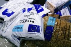 Pachete cu alimente pentru sălăjenii defavorizaţi