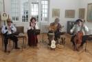 La Muzeul de Artă Ioan Sima, expoziţie de artă veche şi concert de muzică medievală