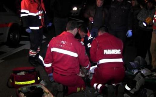 Salvatorii au ajuns doar după o oră de la primul apel la 112! Accidentată grav, o bătrână din Ileanda a murit până la venirea ambulanţei