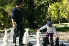 Un joc de șah cu piese gigantice, noua atracție a Zalăului
