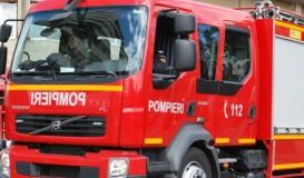 Autoturism cuprins de flăcări în Zalău
