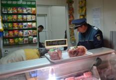 Ample controale la comercianţii de carne din judeţ
