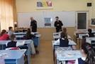 Preşcolarii şi elevii din municipiu, învăţaţi cum să se comporte în caz de cutremur