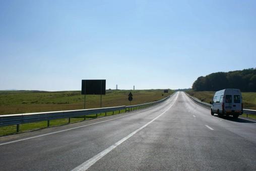 Rămânem sufocaţi, pe veci, de traficul greu:  Şoseaua de centură a Zalăului, pată de ruşine pe obrazul autorităţilor