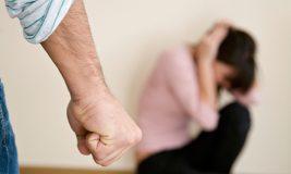 Arestat după ce şi-a bătut soţia până a băgat-o în spital