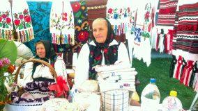 """""""Haidaț pă la noi"""": Ziua Turismului a fost sărbătorită la Zalău cu muzică, dans și bucate tradiționale"""