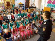 Pompierii de la ISU Porolissum i-au vizitat pe micuții de la Grădinița nr. 8 din Zalău