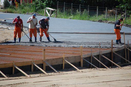 Surprize în subteran: lucrările la Piaţa agroalimentară din Zalău întâmpină probleme
