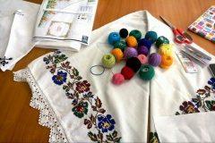 Șezătoare cu povești despre tradiții și flori la Grădina Botanică Jibou