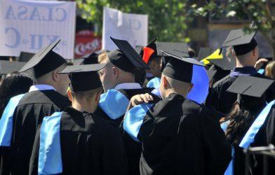 Peste 130 de absolvenţi sălăjeni au devenit şomeri