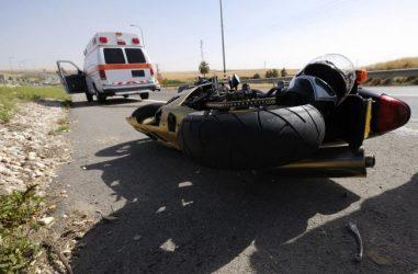 Răniţi grav într-un accident de motocicletă