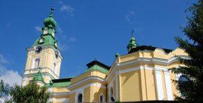 Continuă lucrările de renovare și restaurare la Biserica reformată din centrul Zalăului
