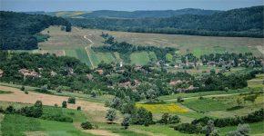 Mare sărbătoare în Bulgari – un prilej de distracție și regăsire pentru fiii satului și oaspeții lor