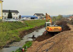 Lucrări de curățare a pârâului Apa Sărată