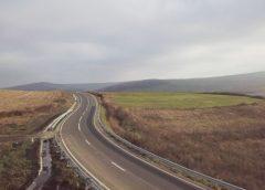 Clujul a venit cu asfaltul până la granița cu Sălajul